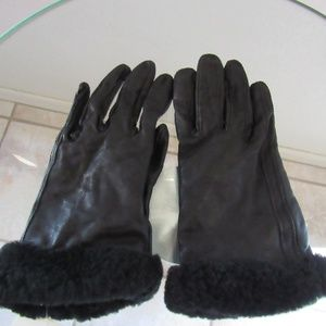 Ugg Australia shorty glove tech tips black leather